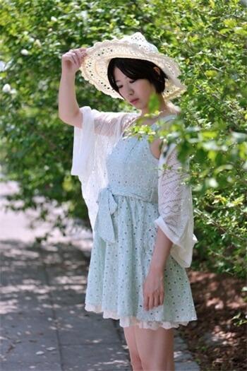 《穿什么:不同地方,不同月份适合穿什么衣服?》